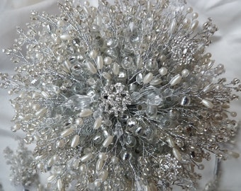 IVORY SNOWFLAKE BOUQUET, Brides bouquet, winter wedding, silver bouquet, beaded bouquet, brooch bouquet, wedding bouquet, Christmas wedding