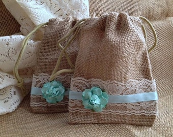 Wedding Party Favor Bags , Blue Wedding Gift Bags - Barn or Rustic Weddings, Rehearsal Dinners or Bridal Showers - Wedding Table Decor