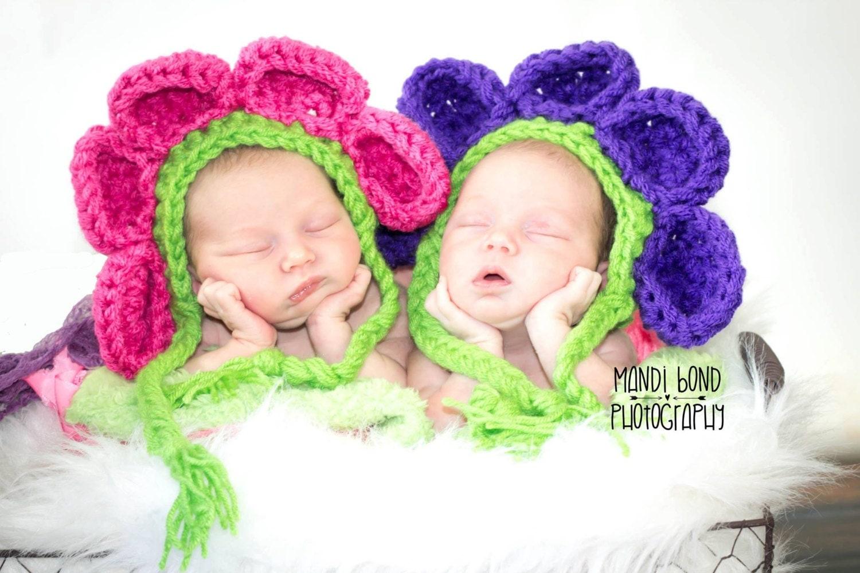 Crochet Hat Patterns For Twin Babies : Crochet Twin Babies Flower Bonnet Crochet Baby FlowersSpring
