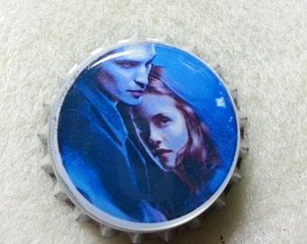 Bella and Edward in blue magnetic bottle cap