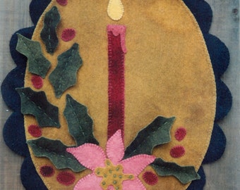 Primitive Wool Penny Rug e-Pattern Candle Burning with Poinsettia and Holly