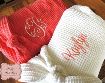 SALE Ships in 7 Days Coral Bridesmaids Robes Set of 7 Robes 6 Coral  & 1 White Bridal Personalized Embroidered Waffle Kimono Short Robe