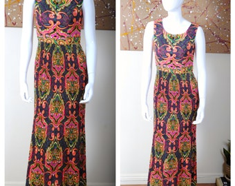 vintage 70s boho PAISLEY knife pleats ACCORDION PLEATED maxi long dress. psychedelic bold print. bohemian. size small