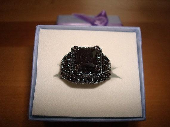 Square Cut And Diamond Cut Black yx 10kt Black by beeniesjewels