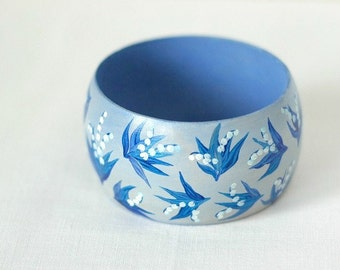 Hand-painted wooden bracelet with lilies of the valley - not decoupaged
