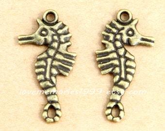10pcs 31x16mm Antique Bronze Brass Vintage style hippocampus Charm Pendant ABA010a