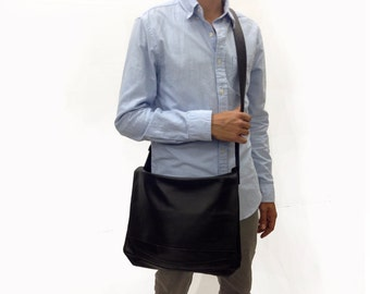 Sale!!! Handmade15 inch , Black Leather Messenger Bag / Satchel / Laptop Bag / MacBook Bag / Shoulder Bag