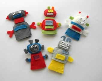Felt robot finger puppets - set of 5, Robot Party  Favor, Robot Birthday Party Decoration, Baby Shower Decor