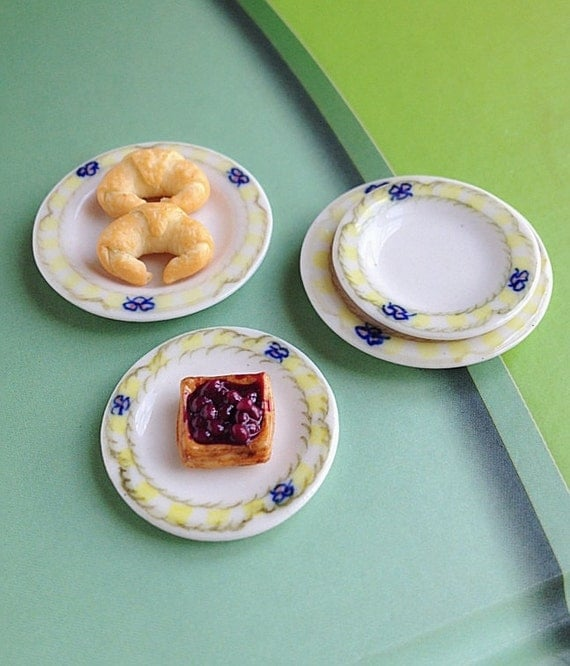 4 Pieces of Ceramic Plate Miniature for food, bakery, fruit miniature Doll's House