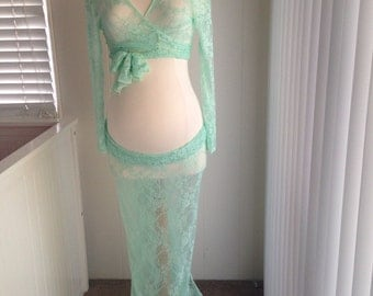 Mint lace maternity long skirt with long sleeves lace top, Lace maternity skirt, Maternity photo props, senior photo