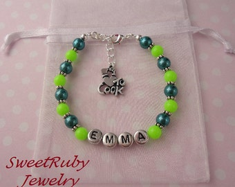 Personalized 'I Love To Cook' Charm Bracelet  -  Girls/Boys/Ladies - Cook Gift - With An Elegant Gift Box