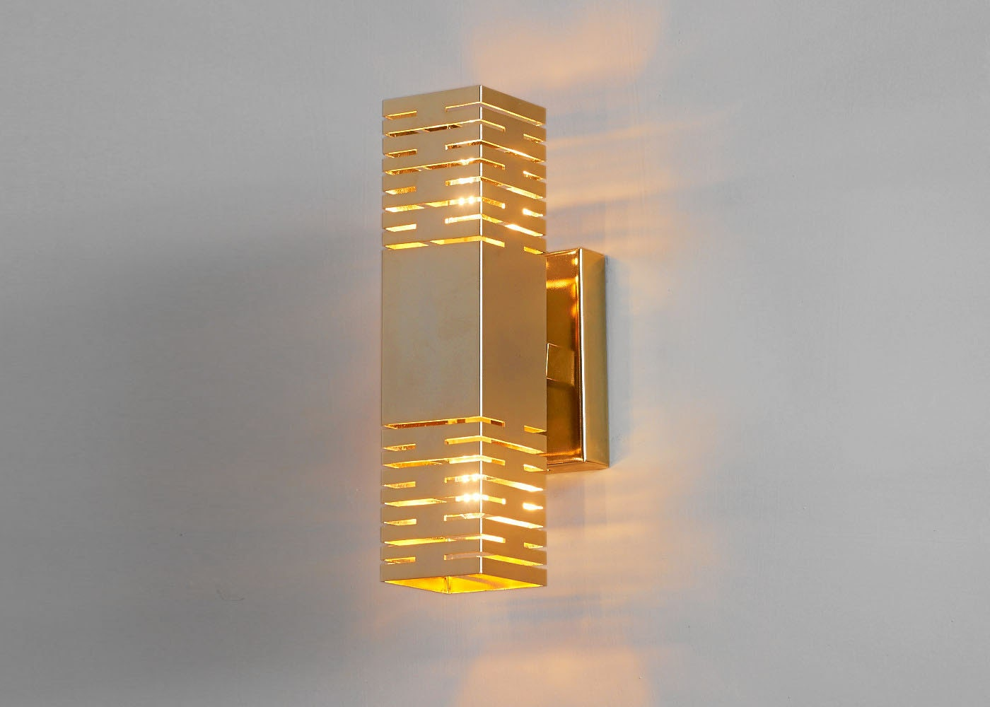Lighting. Wall sconce. Gold lamp. Brass wall sconce. Living