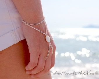 Slave Bracelet hand piece hand chain white motherpearl Bohemian Boho Chic Hippie Vintage Hand Body Jewelry