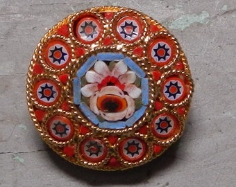 Sweet Little Mosaic Floral Brooch!