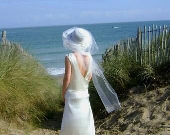 Wedding dress, dos nu, silk