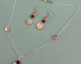 Mother of pearl shell and stone beads necklace and earrings set