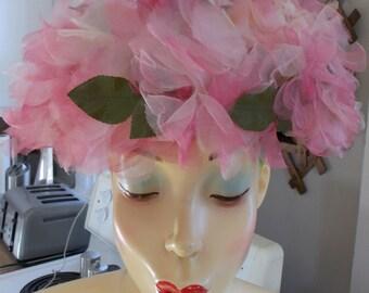 Vintage 1950's Blush Coloured Leaf Hat