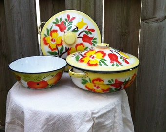 Vintage Enamel Bowl Set