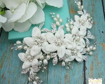 Pearl Wedding Clip, Rhinestone Comb, Flower Bridal Comb pearl, Wedding Crystal Hair Comb, Hair Comb, Wedding Accessory, 209730315