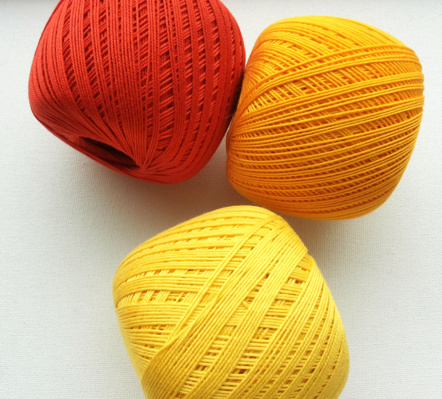 crochet cotton thread size 10 50g x 250m 3ply by Fiscraftland