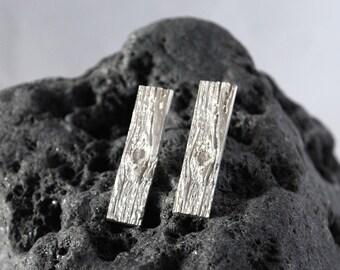 Woodgrain rectangle fine silver stud earrings