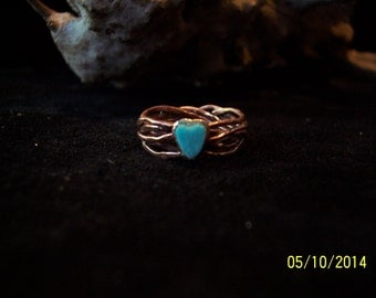 Rose Gold wire band ring w / Turquoise.