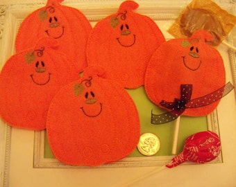 Lollipop Covers Pumpkins Set of 4  Favors Halloween or Thanksgiving Classroom Treats