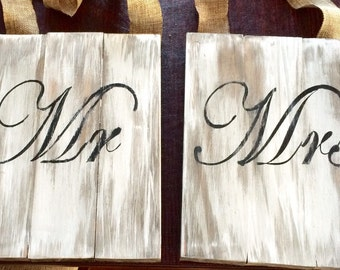 Mr and Mrs chair signs!
