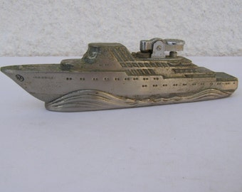 Vintage Marvelous Heavy SHIP Desk Gas Lighter  - Free Shipping