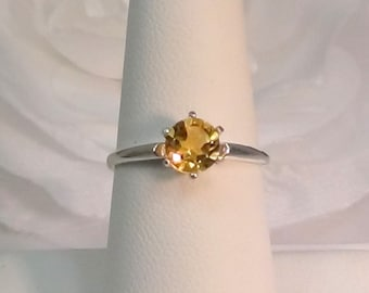 Bright, Sparkling, Golden - Yellow Citrine Ring!  Great Value!  6mm, Round, Faceted, Natural, Citrine. November Birthstone. Size Selectable.