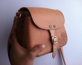 Double Pocket bag (+ a)-model Catana-natural leather-double pocket Bag (one indoor)-model Catana-natural leather.