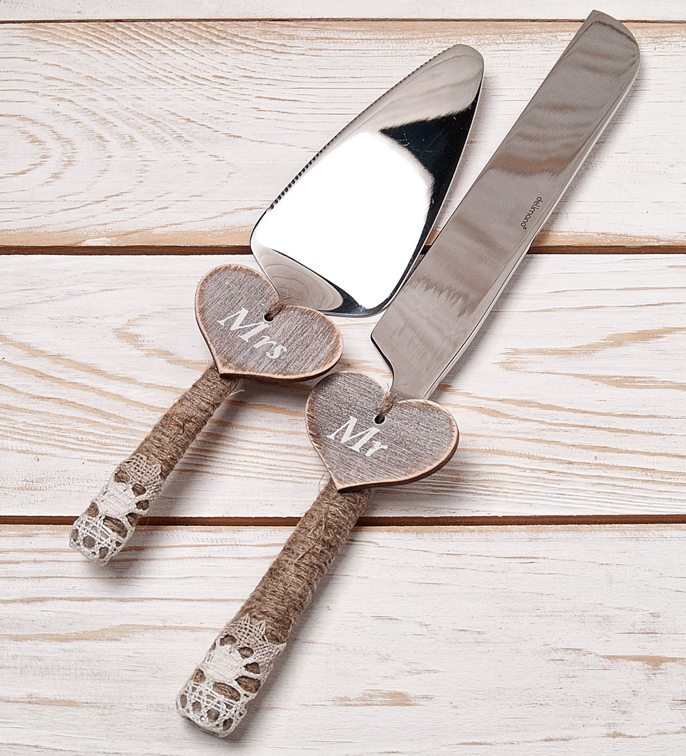 cake serving set rustic wedding cake by inesesweddinggallery