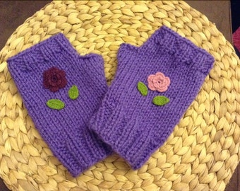 Fingerless purple glove Knitted hand-made