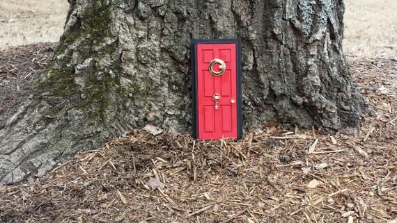Red fairy door look inside vintage crystal bead door knocker for Red elf door