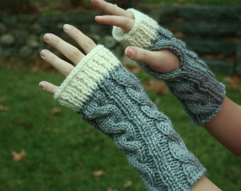 Kate's Cable-Knit Fingerless Glove in Gray with White Trim