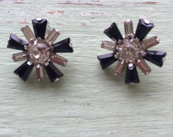 Vintage Rhinestone Clip On Earrings, B David Earrings, Black Stone Earrings, Rhinestone Earrings, Clip On Earrings