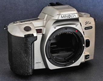 minolta stsi maxxum camera manual