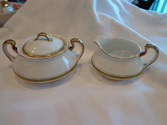 Homer Laughlin Empress Pattern Creamer Sugar Set Antique
