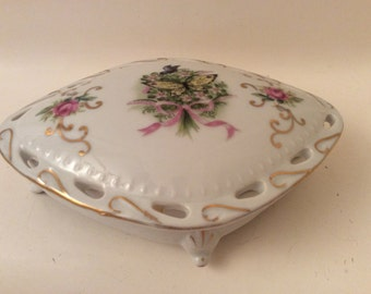 Very Pretty Porcelain Vanity Jewelry /Trinket Box with Butterflies and Flower Design.