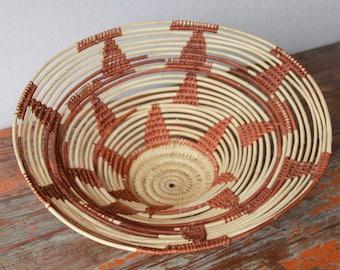 Vintage Large Open Rimmed Basket