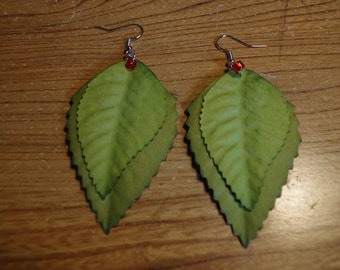 Earrings green leaves and assorted beads