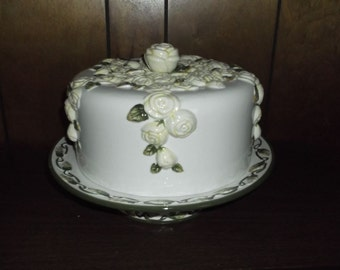 So sweet – Beige & Green Cake Stand / Vintage early '90s / Pretty, Sweet and Warm looking / Collector's Item / Dreamy