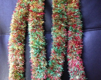 Reggae: Red, Yellow, & Grass Green Pua Yarn Lei