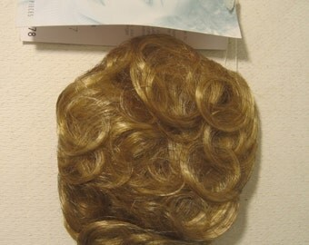PAULA YOUNG Wig Delicate Touch Style Color 234P New with Box Vintage