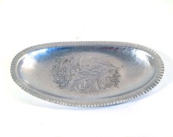 Vintage Silverlook Hand Wrought #566 Aluminum Tray with Hammered Finish Flower in Center