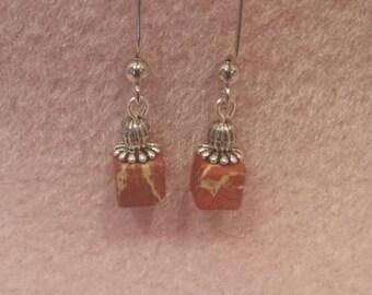Very attractive Jasper cube earrings