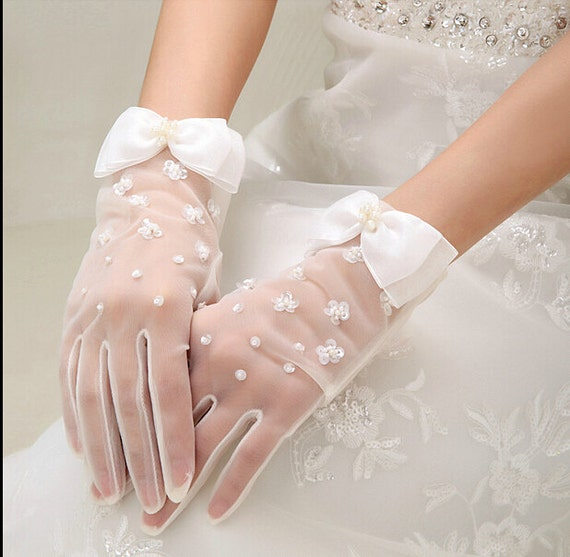 handmade lace flower bridal gloves white bridal by coverfront