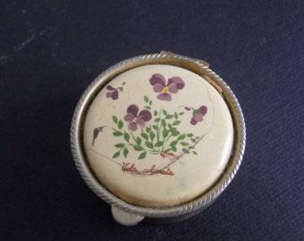 Vintage pillbox with flower design/Vintage pill box