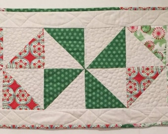 In Stock: Modern Quilted Holiday Table Runner 14040