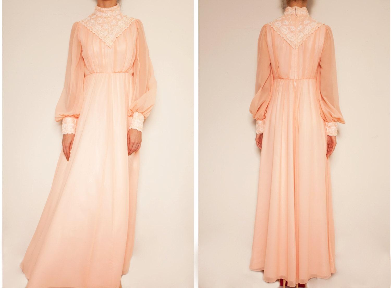 rosa spitzen vintage kleid rosa kleid abend von vintagecosmopolitan. Black Bedroom Furniture Sets. Home Design Ideas